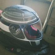 Helm Kyt Full Face Kondisi Masih Bagus No Minus