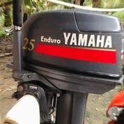 Mesin Tempel Perahu Kapal Yamaha 25 Pk 25 Hp