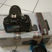 Camera Canon DSLR 1300D