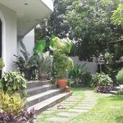 Rumah Di Menteng, Bagus 2Lt, Nyaman Dan Strategis Di Lokasi Jl. Purwakarta, Akses Segitiga Emas