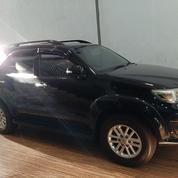 Toyota Fortuner 2012 Type G Black Istimewa