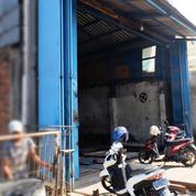 Gudang/Workshop Kecil Di Jalan Narogong Bantar Gebang Kota Bekasi