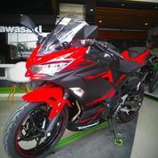 Ninja 250fi Showroom Dealer Resmi Cash Dan Cicilan Kawasaki Jabodetabek Ready Stock