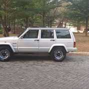 Cherokee Xj Limited 1994 Good Condition