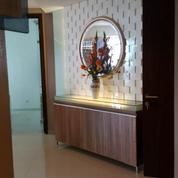 2 BR Apartemen ST Moritz Furnished Bagus