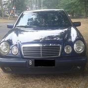 Mercedes Benz E230 /W210 New Eyes Tahun 1998 Automatik