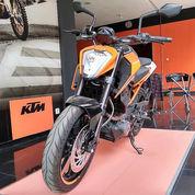 Promo Obral Cuci Gudang Motor KTM RC 250 - Dealer Resmi Eks KTM ( Kondisi Unit Baru )