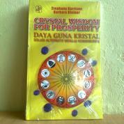Buku Daya Guna Kristal