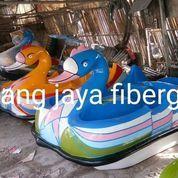 Permainan Sepeda Air Fiberglass Angsa