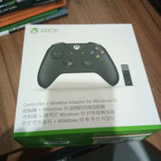 Xbox One S Controller & Wireless Adapter