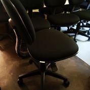 Kursi Kerja Staff Kantor Berkualitas