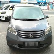 Honda Freed Tahun 2011 (Mobil Pribadi)