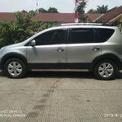 Nissan Liviina Xgear Manual Plat B Bekasi Jok 2 Baris Tahun 2009