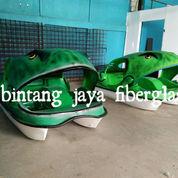 Sepeda Air Fiberglass Murah Kodok Sepeda Wisata Air