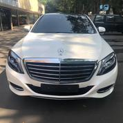 Mercedes Benz S400 Thn. 2015 12.500 Miles Putih Metalik