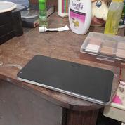Handphone LG Q6 Like New