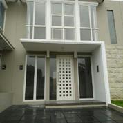Rumah Greenlake Citraland, New, Minimalis