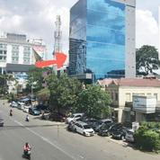 Gedung Kantor 8.5 Lantai Di Daerah Scbd Sudirman Jakarta Selatan