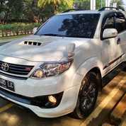 Toyota Fortuner TRD Diesel A/T Tahun 2015 Putih