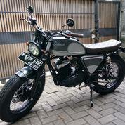 Motor Custom Suzuki Thunder