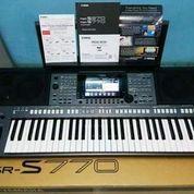 Keyboard Yamaha Psr S 770