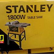 Mesin Gergaji Kayu Meja Table Saw Stanley STST1825