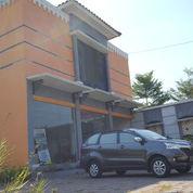 Bangunan Kantor Plus Kost Di Jalan Kaliurang Jogja
