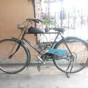 Sepeda Ontel Antik Pakai Mesin Tua