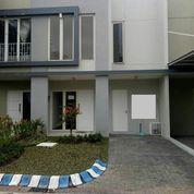 Rumah Cantik Daerah Diamond Park Residence