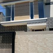 Rumah 2 Lantai Dengan Harga Murah Suasana Asri Dan Nyaman Daerah Griya Babatan Mukti