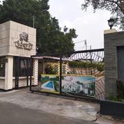 Rumah Pribadi Mewah Di Perumahan Adora Town House Jakarta Selatan