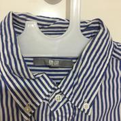 Kemeja UNIQLO Garis Striped Size L Biru Putih Lengan Panjang ORIGINAL