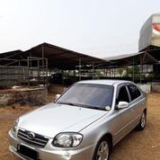 Hyundai Avega Manual Tahun 2010 Warna Silver Metalik