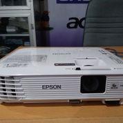 Lcd Proyektor Epson EB-S 300 , 3000 Ansi Lumen