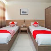 Hotel Surabaya Pusat Aktif Karaoke Meeting Kantor Siap Lanjutkan Siapa Cpt