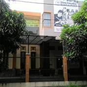 Rumah Strategis Jalan Raya Cocok Utk Usaha Atau Rumah Tingal