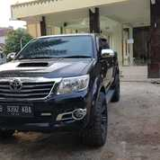 Toyota Hilux Type V Diesel A/T Tahun 2015