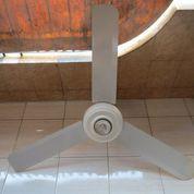 Ceiling Fan Atau Kipas Plafon Uchida 52 Inch