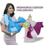 Gendongan Bayi Samping Topi