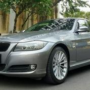 BMW 320i LCI Facelift Tahun 2010 Executive Grey E 90