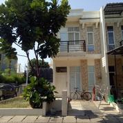 Rumah Royal Palm - Hoek (Ukuran 4x12 M)