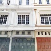 Rumah Komplek Ismailiyah Business Centre (Jalan Ismailiyah) Medan (1)