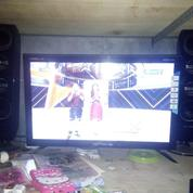 TV LED POLYTRON 24 INCH Dengan Tower Speaker
