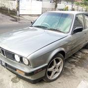 BMW 318i, E30/M40 Tahun 1990