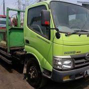 Truck Crane Hino Dutro 130HD Tahun 2015 Kapasitas 3 Ton