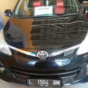 Toyota Avanza Veloz 1.5 AT 2012