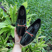 Sepatu Anak Hitam Wedges Glossy Import