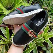 Sepatu Anak Hitam Slip On Import