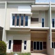 Villa Komplek De Sophie Suites (Graha Metropolitan) Medan (2)