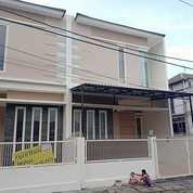 Rumah Cantik 990juta Depan Perum Alam Galaxy - Citraland Surabaya Siap Huni